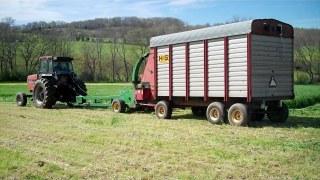 tractor chopper wagon